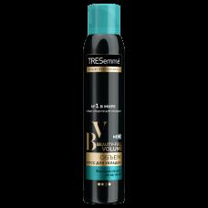 Мусс для укладки волос TRESemmé Beauty-full Volume  200 мл.