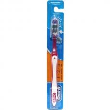 Зубная щетка Oral-B 1-2-3 40 средняя